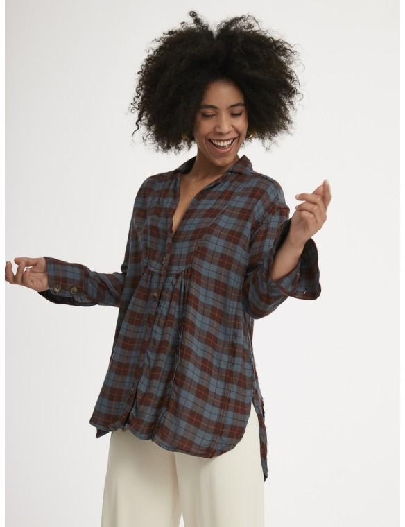 Long checkered shirt.