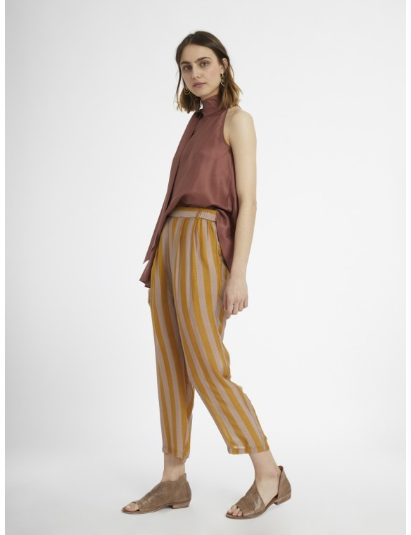 Pantalon wide stripes.