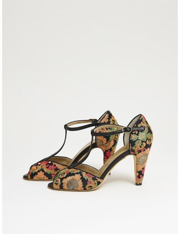 Sandalia de tacón tejido estampado