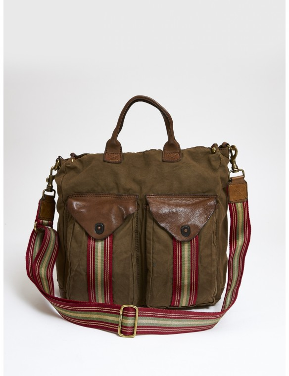 Shopping bag military.