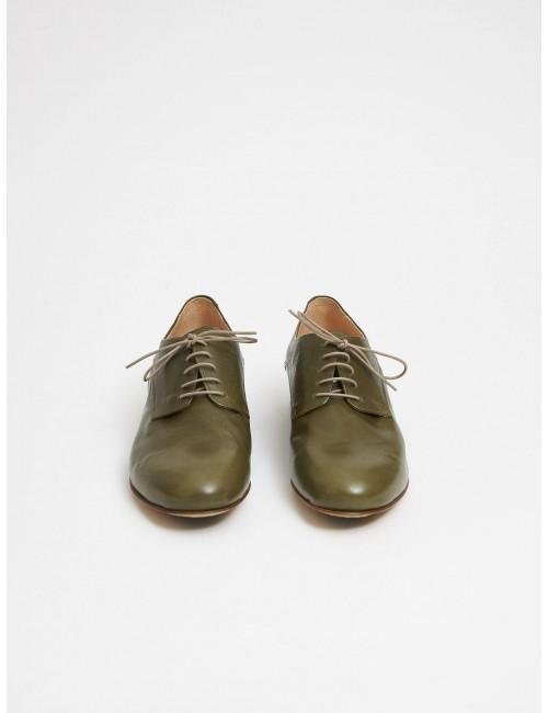 Zapato verde piel cordones