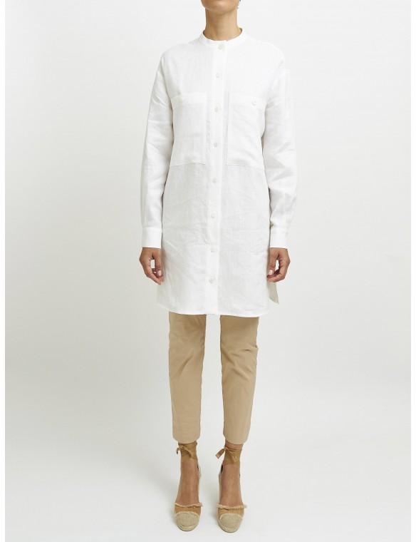 Oversize linen shirt.