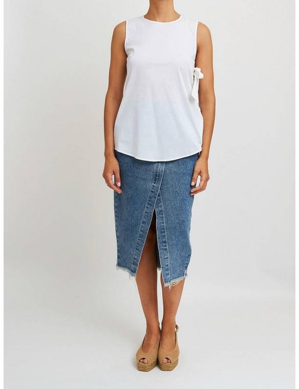 Armhole sleeve shirt with...
