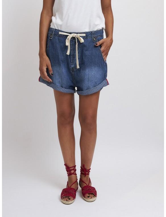 Short jeans raya...