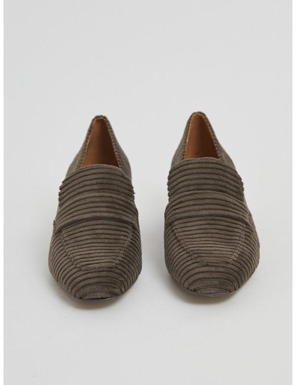 Moccasin heel corduroy