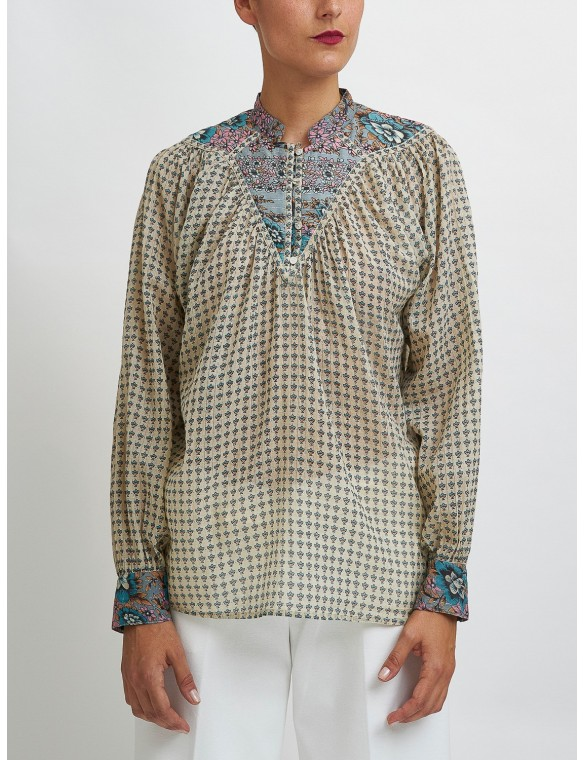Printed shirt with round neck
