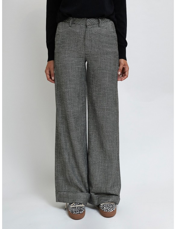 Palazzo houndstooth pants lure