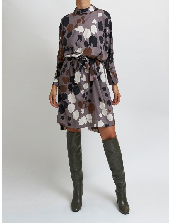 Oversize stained print dress