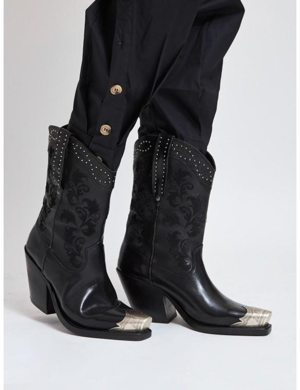 Silver toe cowboy boot