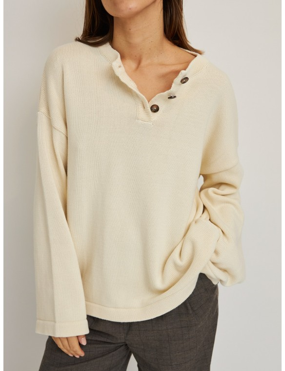 Oversize round neck sweater