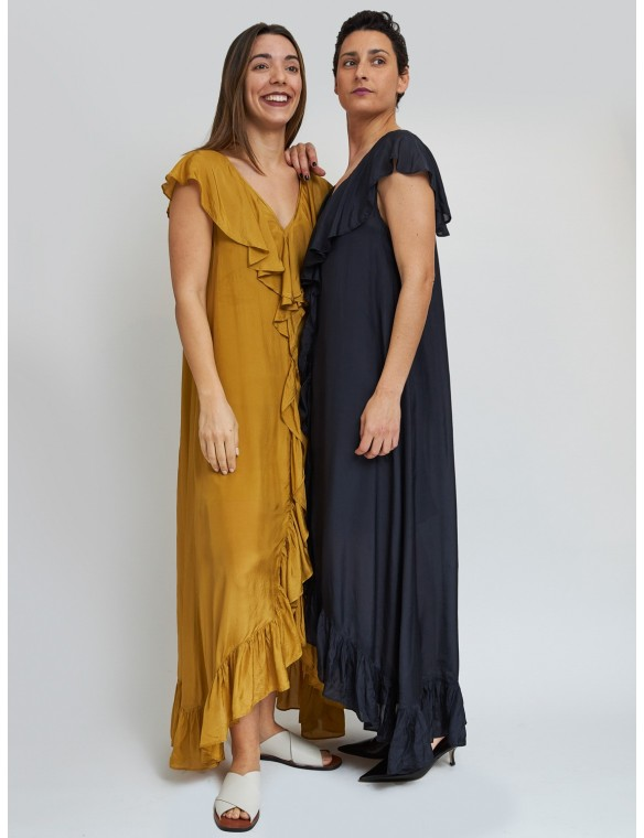 Asimetric dress