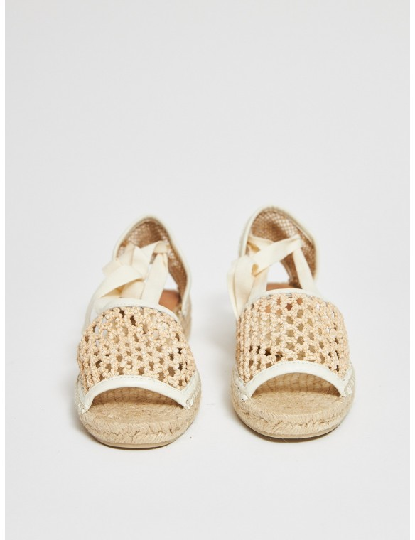 Espadrille crochet, closure...