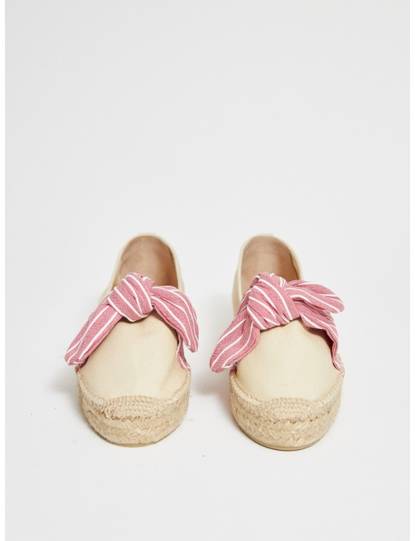 Low espadrille with front...