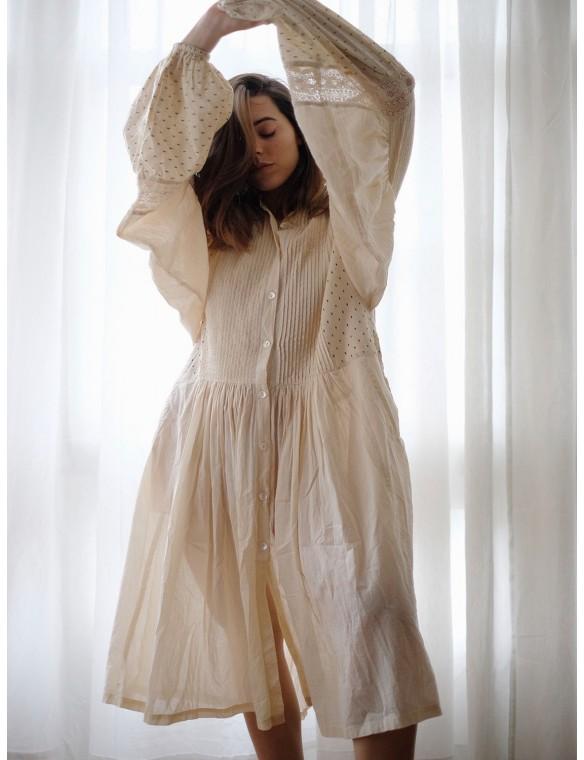 Oversize fruffled dress