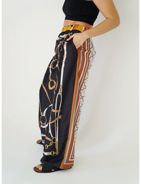 Pants with chains