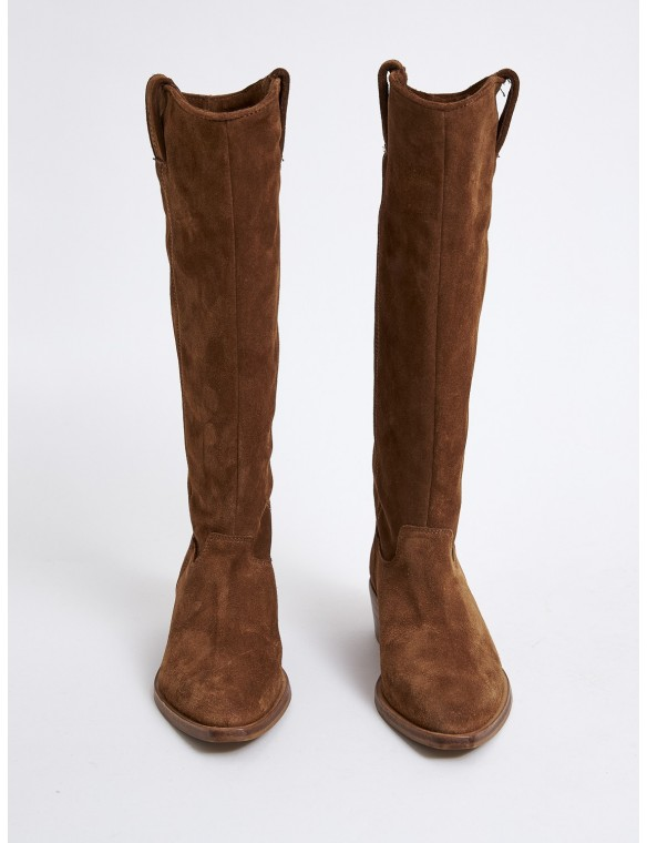 High split suede boot