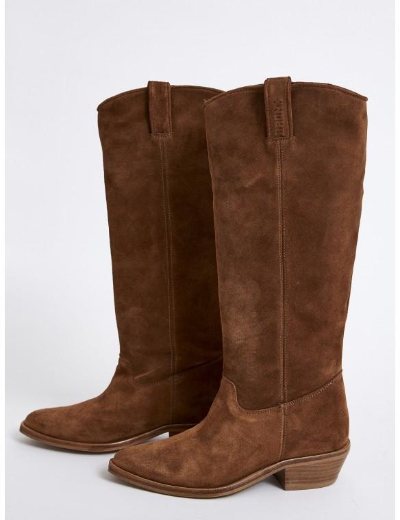 High split suede boot