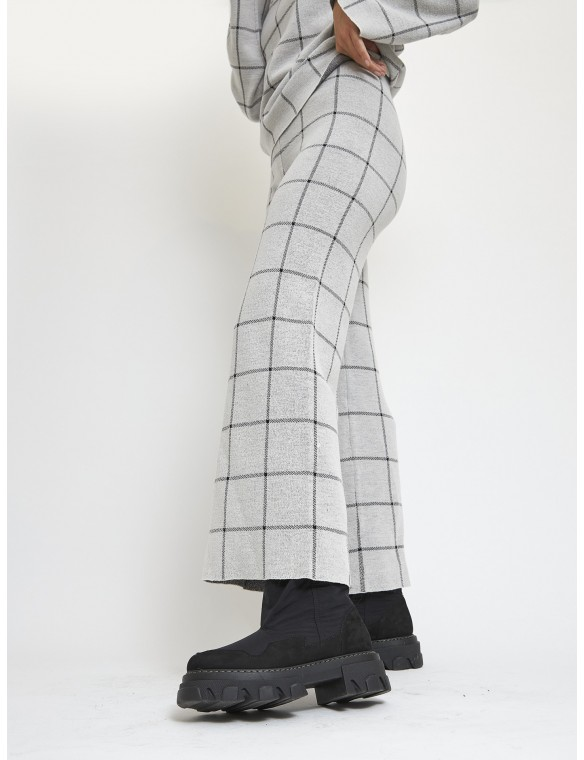 Flare knit trousers
