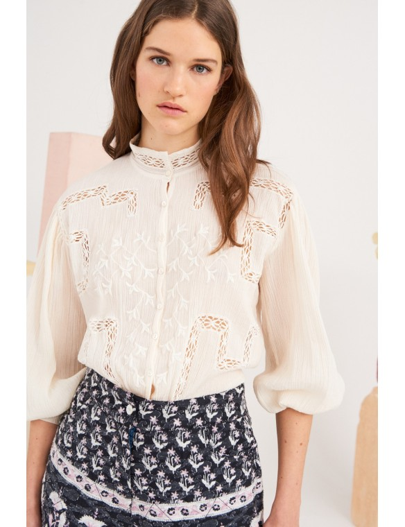 Romantic embroidered shirt