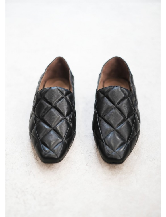 Padded leather slippers