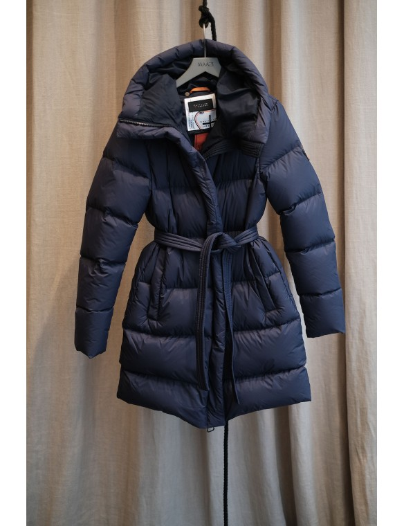 Green hooded down jacket