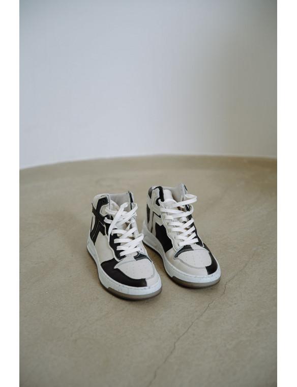 Sneaker bota piel