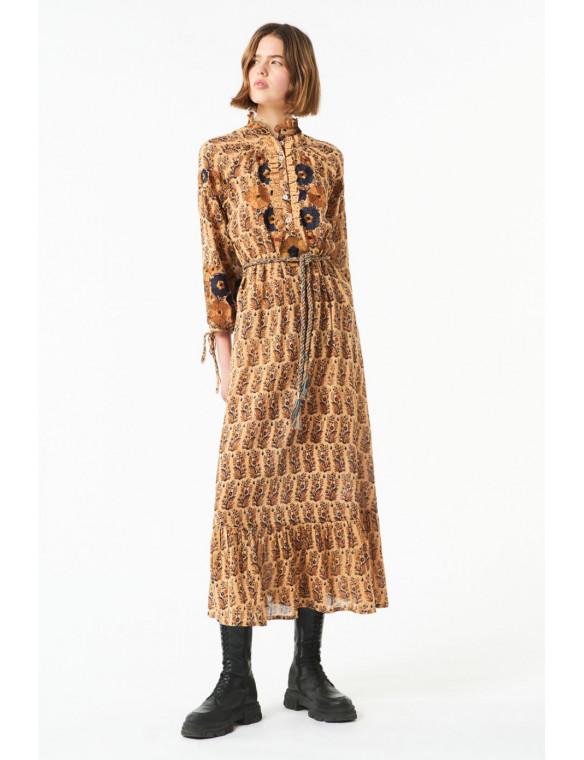Vestido estampado bordado